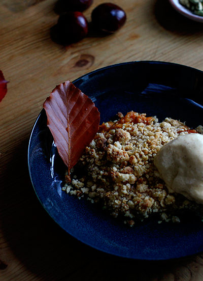Cloudberry Crumble with Cinnamon & Cardamom Ice cream