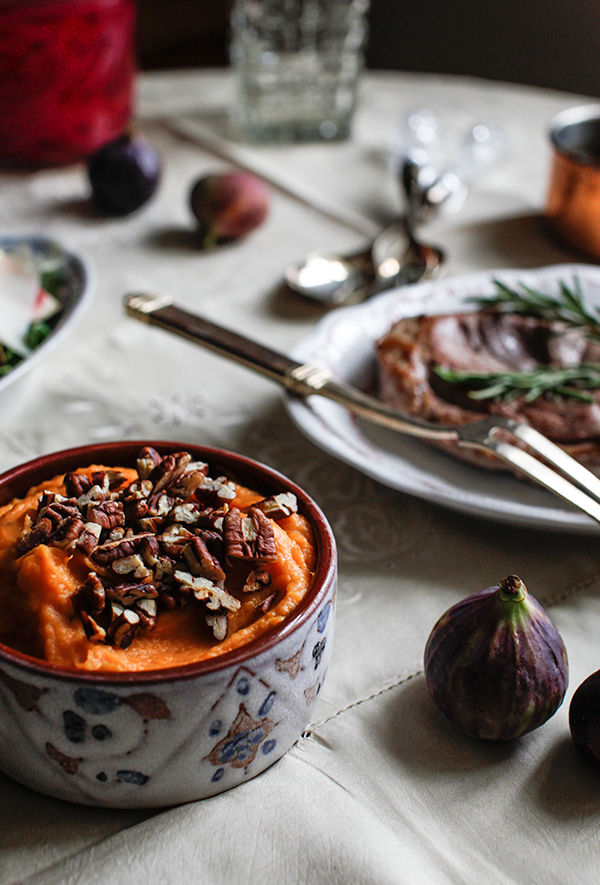 sweet-potato-mash-with-roasted-pecans